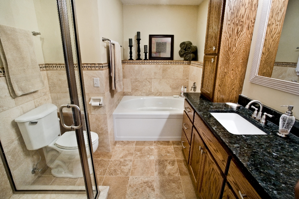 Twin cities bathroom remodeling gallery titus contracting for Bathroom remodeling minneapolis mn