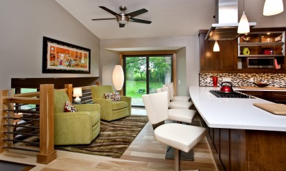 Titus Contracting residential remodeling open seating area in kitchen