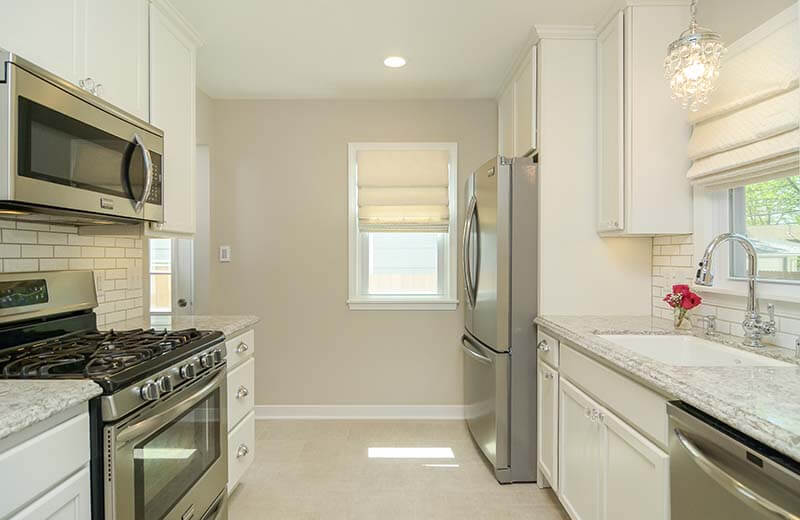 Hiring Home Remodelers for Your Minneapolis Kitchen Renovation